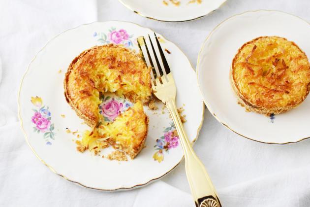 Toasted Coconut Cream Tarts Image