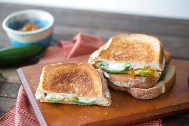 Jalapeño Popper Grilled Cheese Photo