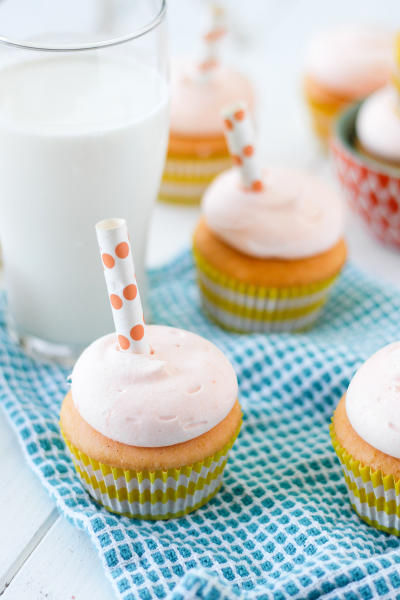 Orange Creamsicle Cupcakes Picture
