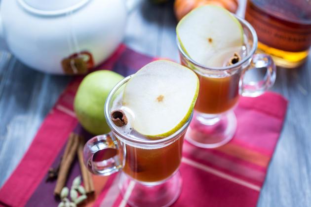 Pear Chai Toddy Image - Food Fanatic