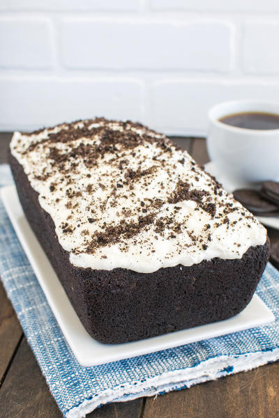 Chocolate Cookies and Cream Banana Bread Pic