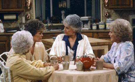 Golden Girls Cafe: Coming Soon!