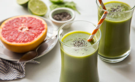 Grapefruit Smoothie with Chia