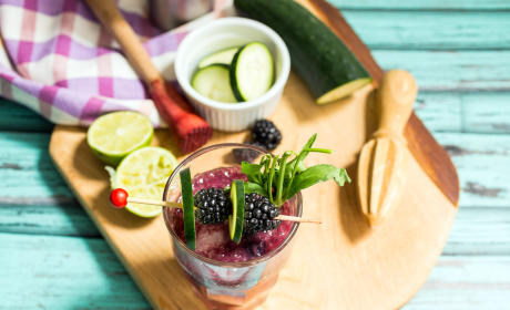 Blackberry Cucumber Tarragon Gin Fizz Recipe