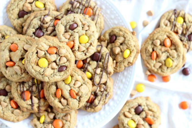 Oatmeal Peanut Butter Cookies Photo