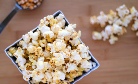 Top 9 Award-Worthy Snacks for Oscar Night