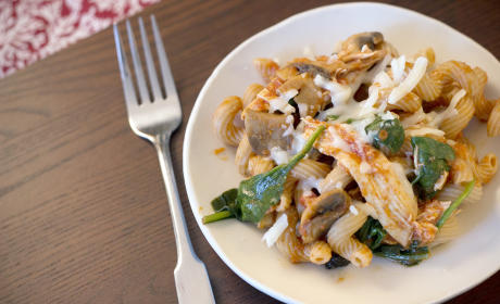 Chicken and Mushroom Pasta: A Bucket Full of Yum