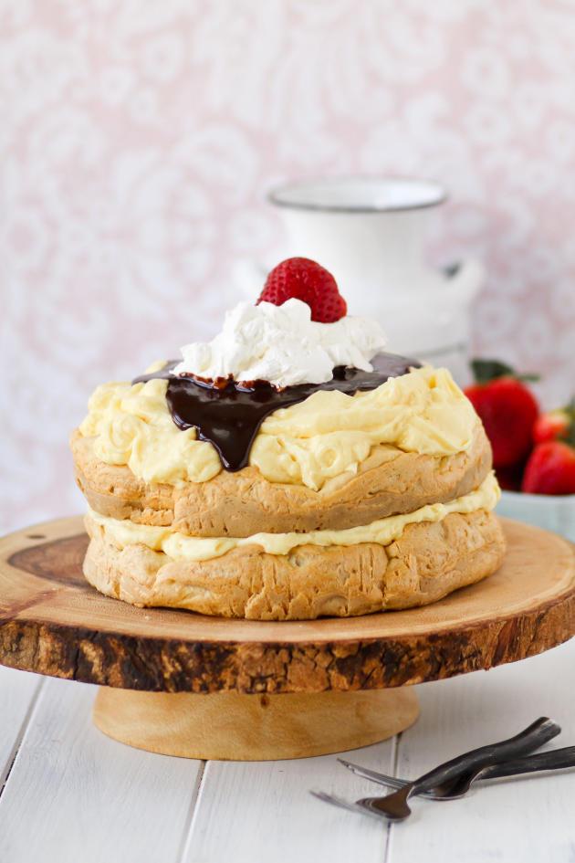 Cream Puff Cake Pic - Food Fanatic