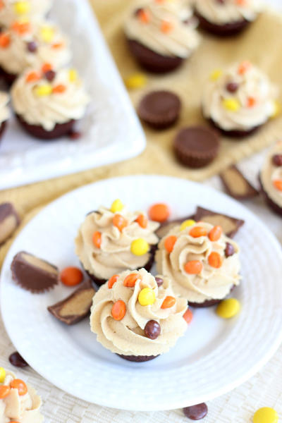 Peanut Butter Cup Brownie Cups Image