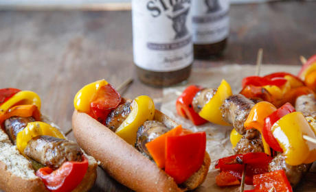 Sweet Black Pepper Bratwursts Recipe