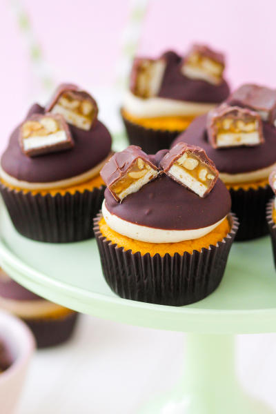 Pumpkin Snickers Cupcakes Pic