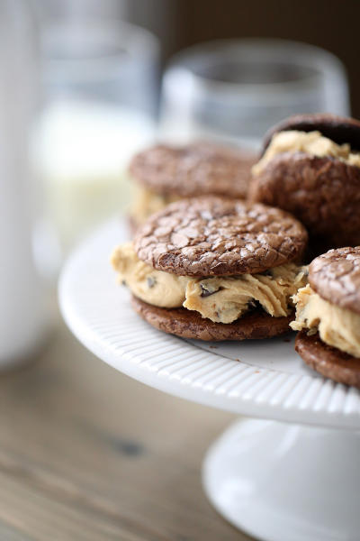Peanut Butter Chocolate Sandwich Cookies Picture