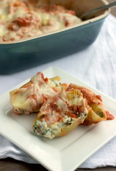 Sausage and Spinach Stuffed Shells Image