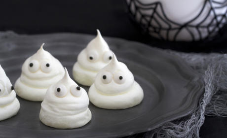 Meringue Ghost Cookies Recipe