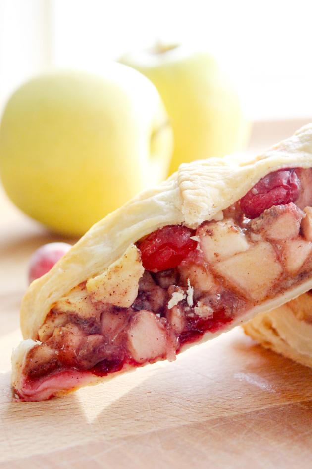 Cranberry Apple Strudel - Food Fanatic