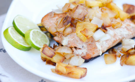 Grilled Salmon with Pineapple Salsa Recipe