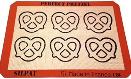 Silpat Perfect Pretzel Baking Sheet Review