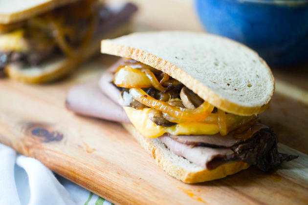 Roast Beef and Cheddar Sandwiches Photo