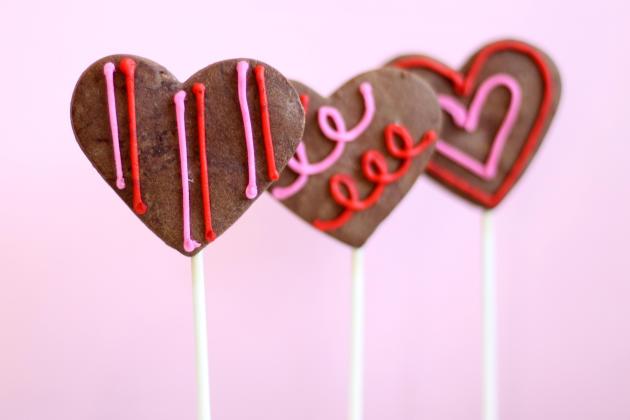 Chocolate Sugar Cookie Pops Photo