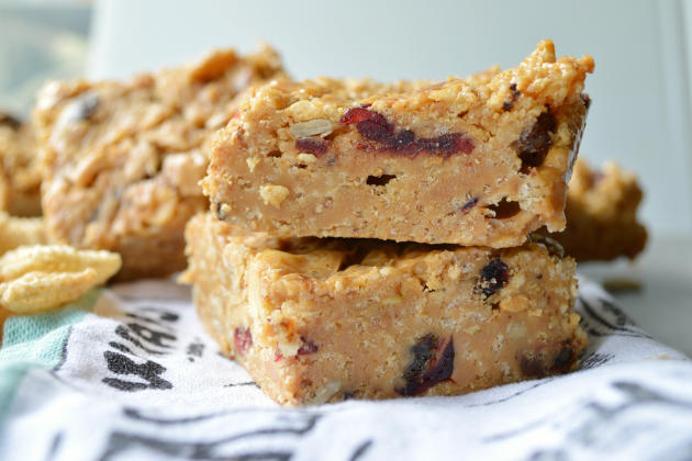 Peanut Butter Honey Cereal Bars Pic