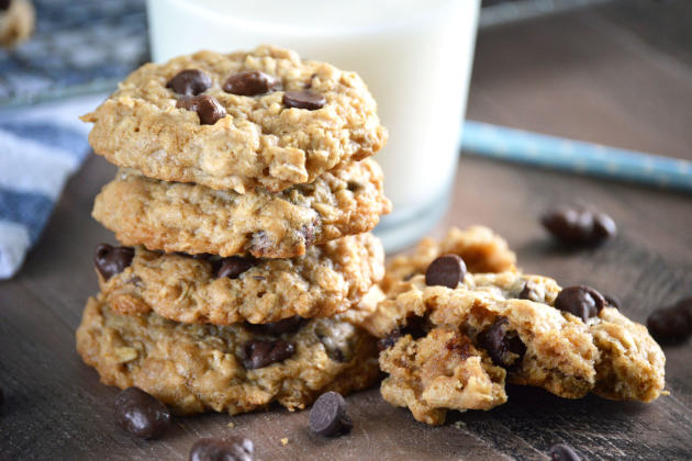 Gluten Free Oatmeal Raisinet Cookies Image