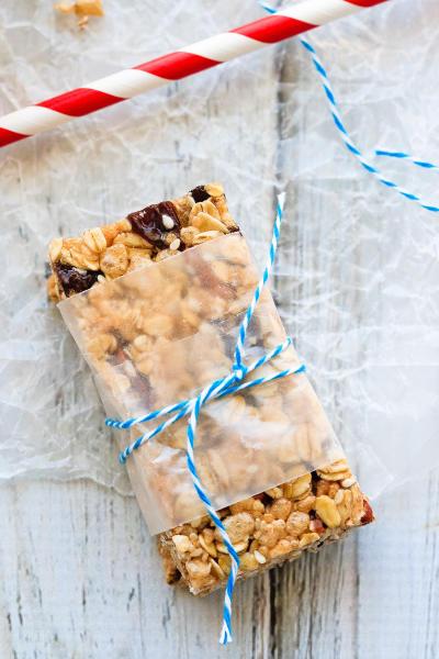 Oatmeal Raisin No Bake Granola Bars Image