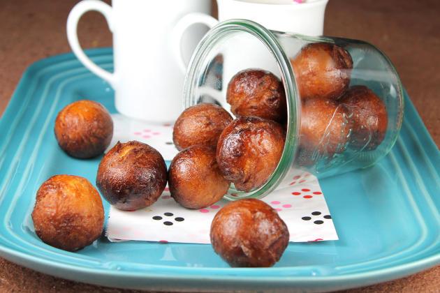 Chai Latte Glazed Donut Holes Photo