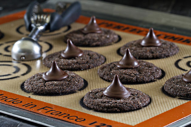 Chocolate Mint Kiss Cookies Picture