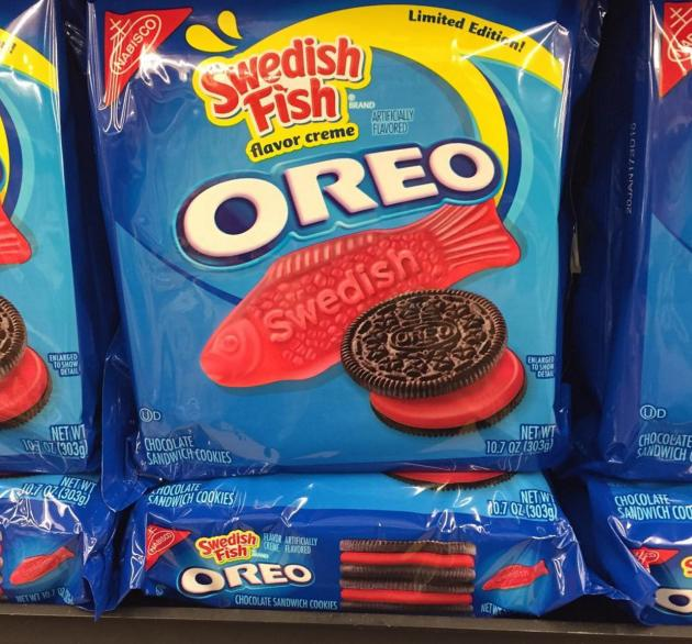 Swedish fish oreos wait these really exist for Swedish fish oreos where to buy