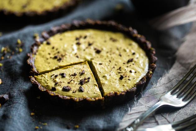 Vegan Chocolate Tarts with Pistachios Recipe - Food Fanatic