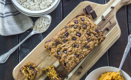 Dark Chocolate Oatmeal Pumpkin Bread