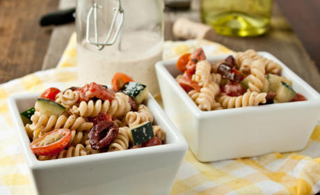 9 Pasta Salad Recipes That Combine the Best of Two Worlds