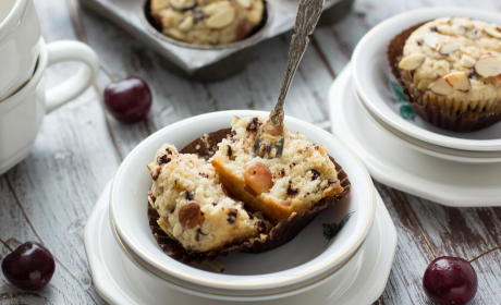 Cherry Chocolate Chip Muffins Recipe