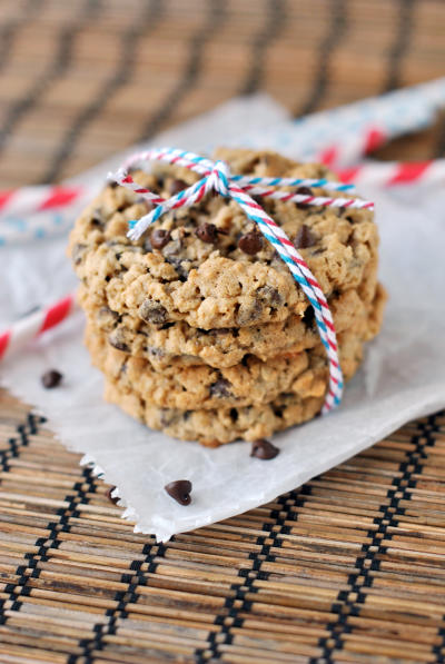Oatmeal Chocolate Chip Cookies Picture