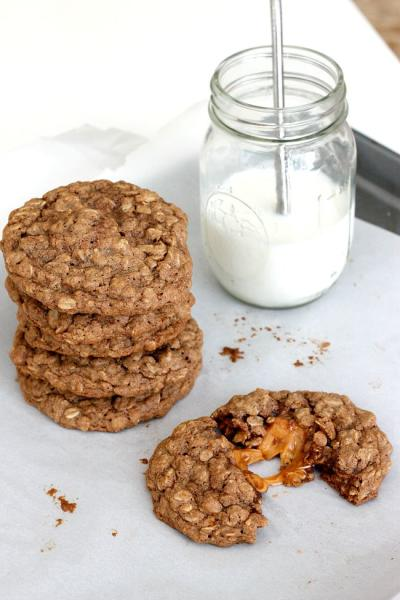 Caramel Apple Oatmeal Cookies Picture