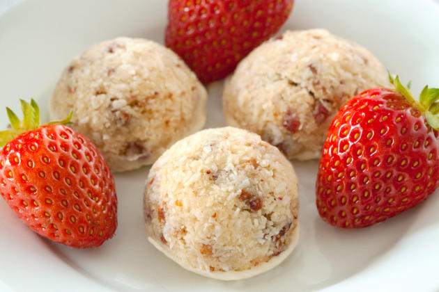 Gluten Free Strawberry Coconut Macaroons Photo