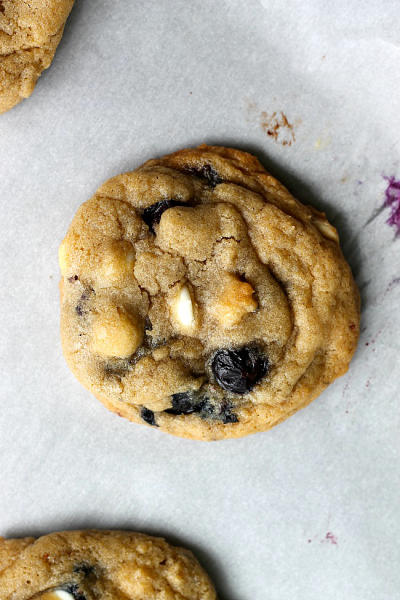 Blueberry and Cream Cookies Picture