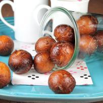 Chai Latte Glazed Donut Holes Recipe