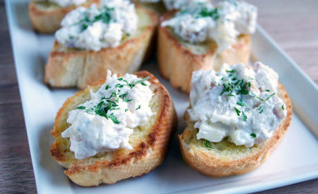 Chicken Salad Crostini Recipe