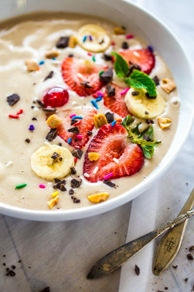 Vegan Banana Split Smoothie Bowl Pic