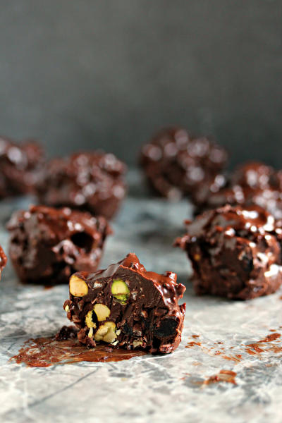 Chocolate Fruit & Nut Clusters Pic
