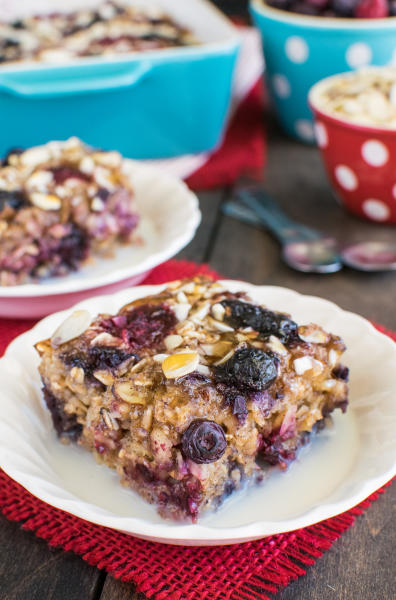 Almond Berry Baked Oatmeal Pic