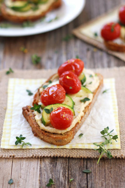 Roasted Zucchini and Tomato Crostini Picture