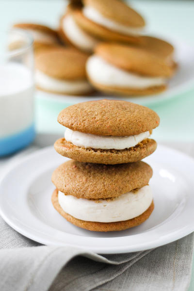Carrot Cake Whoopie Pies Picture