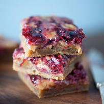 Brown Butter Raspberry Pie Blondies Recipe