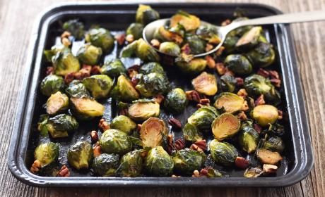 Maple Roasted Brussels Sprouts with Sriracha Recipe
