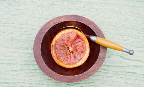 Broiled Grapefruit: Making Breakfast Posh