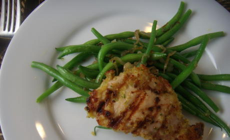 Chicken Thighs: Quick and Easy with Garlicky Bread Crumbs