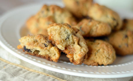 Gluten Free Chocolate Chip Pretzel Cookies Recipe