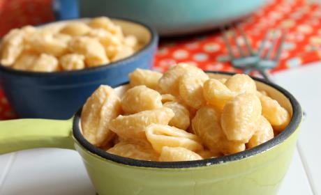 Velveeta Shells and Cheese: Homemade Copy of a Classic